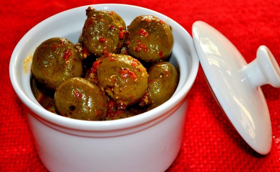 Kannimanga Achar / Tender mango Pickle