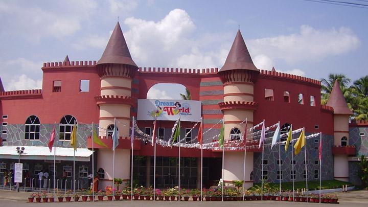 Dream World Water Park Athirappilly Thrissur