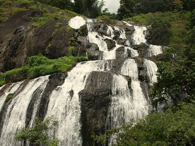 ILANJIPPARA (MANDAMANGALAM-MAROTTICHAL) WATERFALL MAROTTICHAL Thrissur