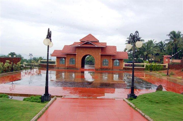 kottakkunnu amusement park Near the district collectorate Malappuram