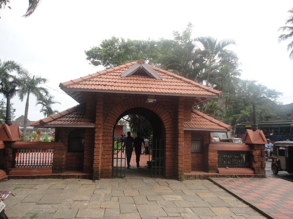 Mananchira Square Kozhikode city Kozhikode