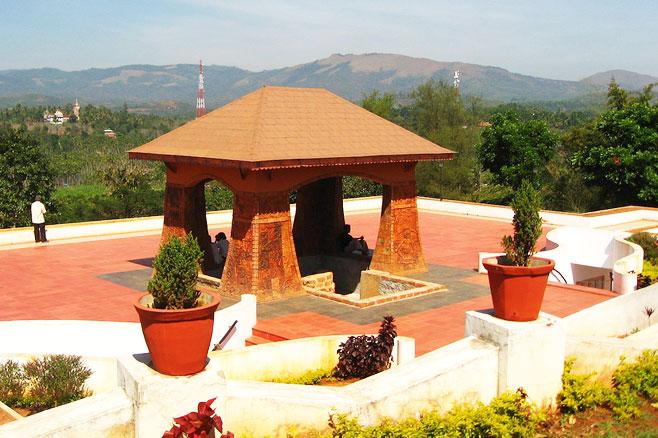 Pazhassi tomb, Wayanad Mananthavady Wayanad